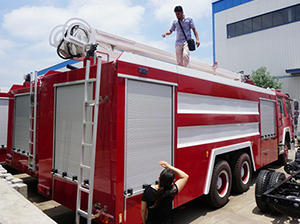 Customer from Afghanistan come to factory and do order inspection of fire truck