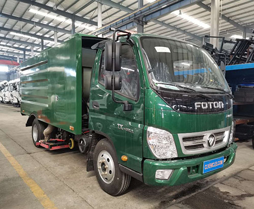One unit of FOTON 6 Wheels 5000L Vacuum Sweeper Truck Ship to Guatemala